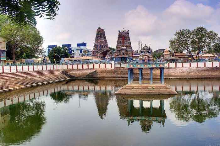 Vadapalani Andavar Temple Chennai