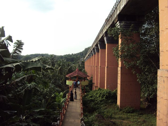 Side View of Mathur Aqueduct