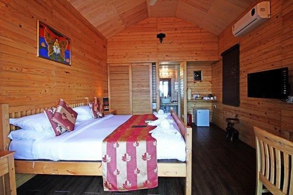 Aryans Resort Goa Room
