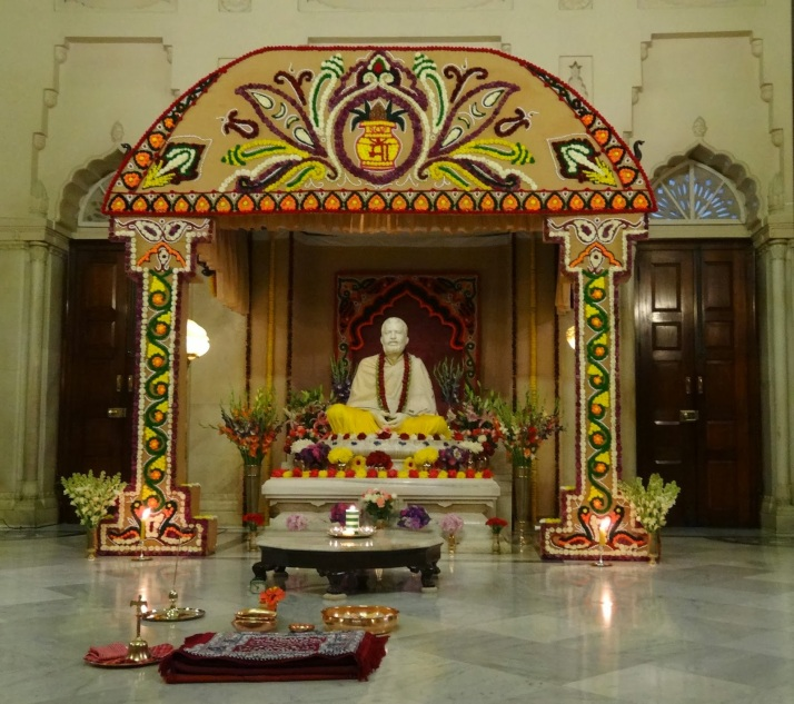 Statue of Ramakrishna Paramhansa within the temple shrine